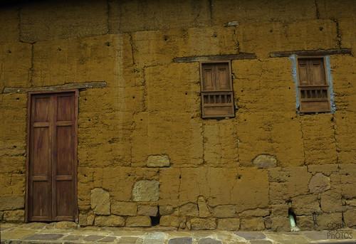 door orange muro art canon landscape ventana casa puerta madera colombia naranja fachada santander barichara rompecabezas arcilla
