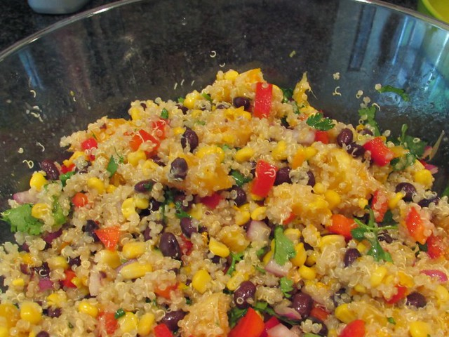 http://www.lucysnest.com/black-bean-quinoa-salad-easy-and-delicious/