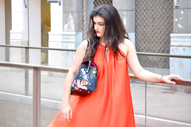 something fashion, orange dress, floral, ted baker, GEOX, summer outfit, red earrings, HM, maxi dress, flower bag, cape dress, bright colors, valencia spain fashionblogger