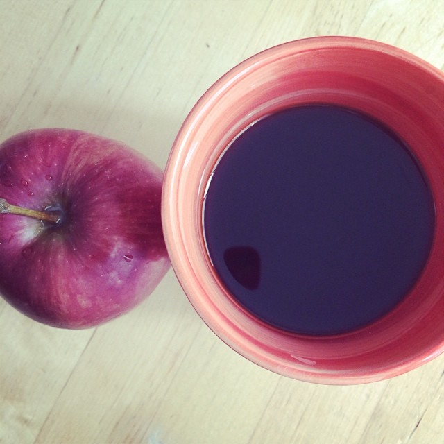 Day 22, #whole30 - breakfast (black coffee & apple)
