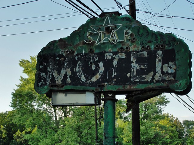 Star Motel, on the Lincoln Highway - Minerva, Ohio