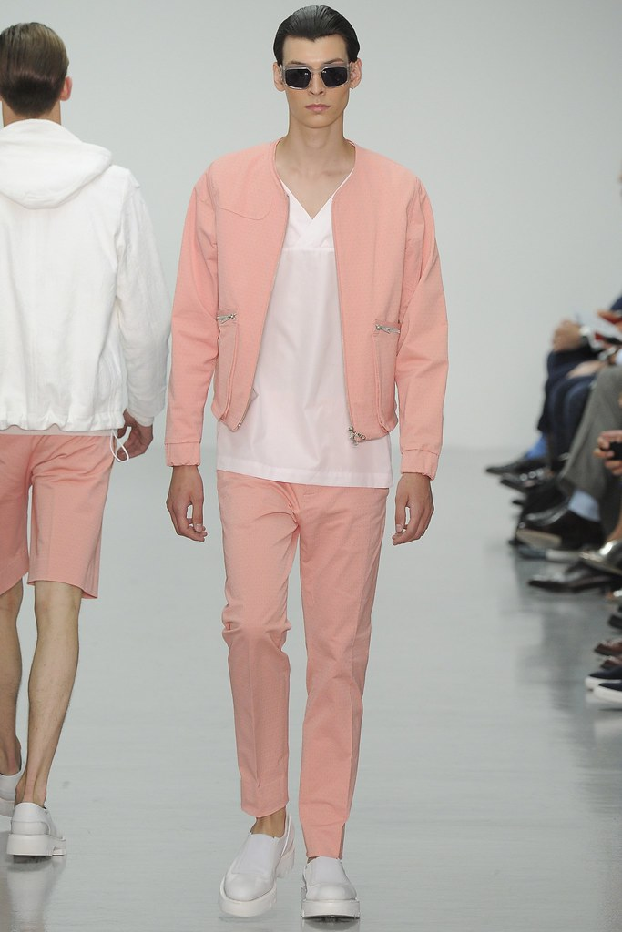 SS15 London Lou Dalton004_Flint Louis Hignett(VOGUE)