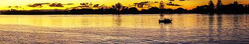 sunset sky panorama water weather clouds boats brisbaneriver sunsetsandsunrisesgold cloudsstormssunsetssunrises