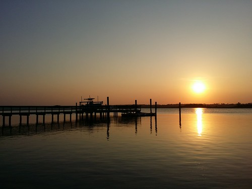 pier northcarolina topsail