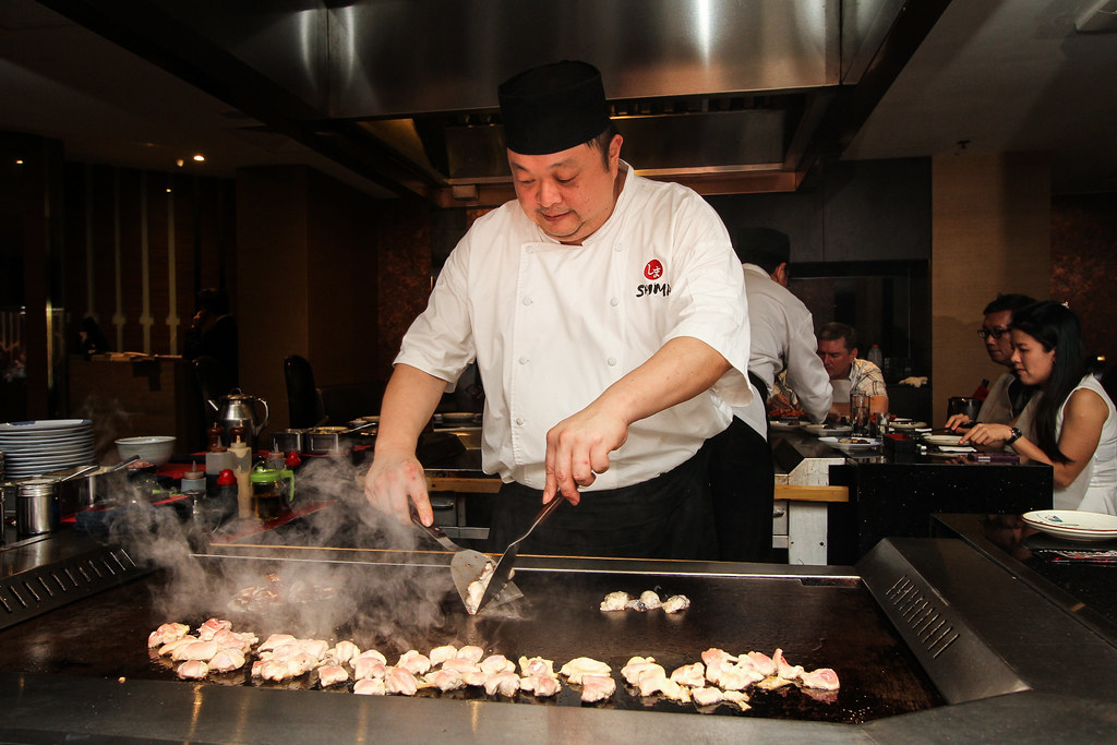 SHIMA at Goodwood Park Hotel: Chef vwin德赢投注Cooking
