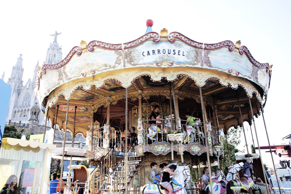 postcards from Barcelona, carousel at Tibidabo