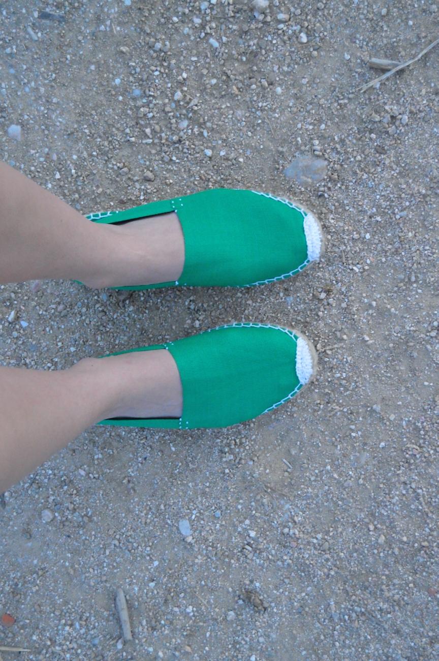 lara-vazquez-mad-lula-details-green-espadrilles