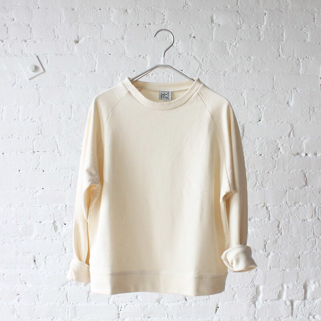 base range basic sweat off white