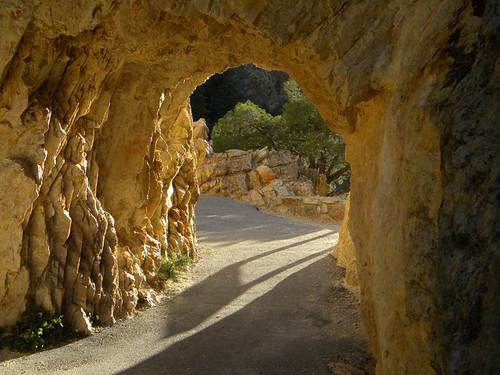 The trail through the rocks at Utah's Timpanogos Caves National ParkTimpanogosCaves1890w