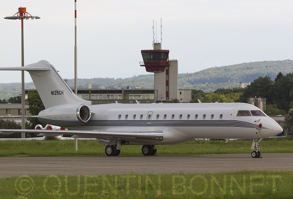 Private Bombardier BD-700-1A10 Global Express N125CH