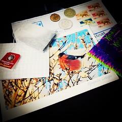 Quando o cartão postal vem acompanhado de outros mimos: ♥! #100happydays #day14 #postcrossing #directswap