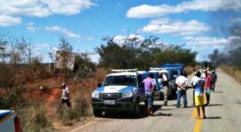BA-263: Mulher morre em acidente entre as cidades de Tremedal e Piripá
