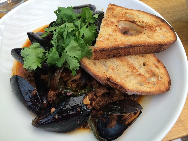 Pan roasted black mussels - Starbelly