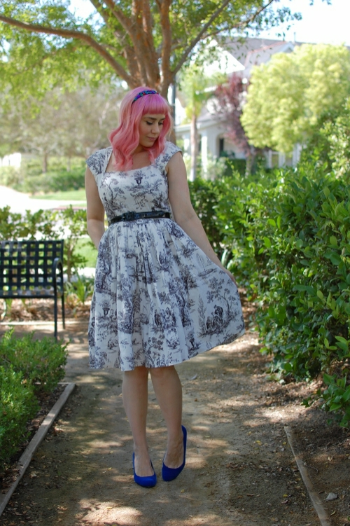 Bernie Dexter Veronique dress in toile print 001