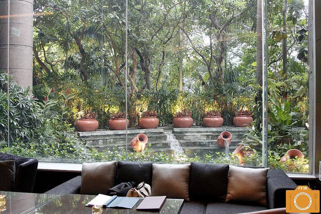 Sage lounge