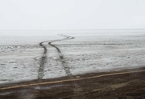 usa utah mud wendover tiretracks bonnevillesaltflats