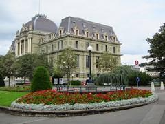 // le Palais de Justice