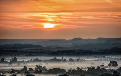 morning england sun mist clouds sunrise unitedkingdom sony a77 wittenhamclumps southoxfordshire littlewittenham sonyalpha andyhough slta77 andyhoughphotography