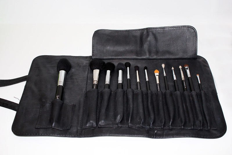 Sigma Brush Roll Set