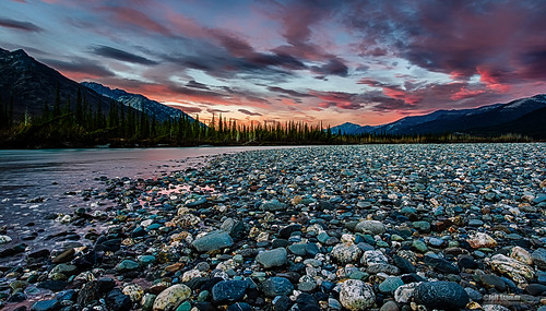 mountains alaska sunrise river brooks wiseman