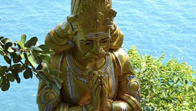 el crecimiento espiritual en forma de escultura mistica