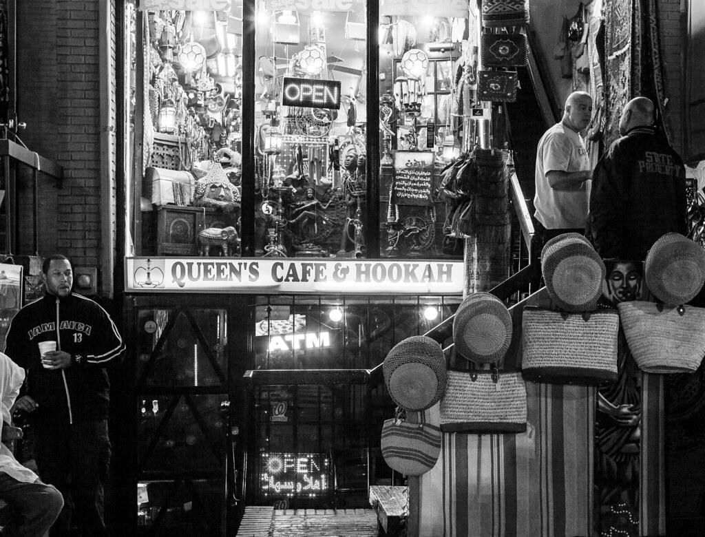 Queen's Cafe & Hooka