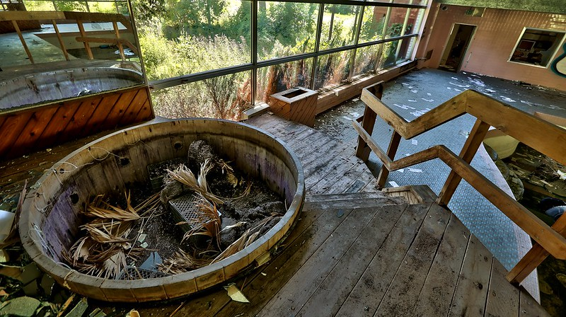 Abandoned Resort in The Pocono's  (26)