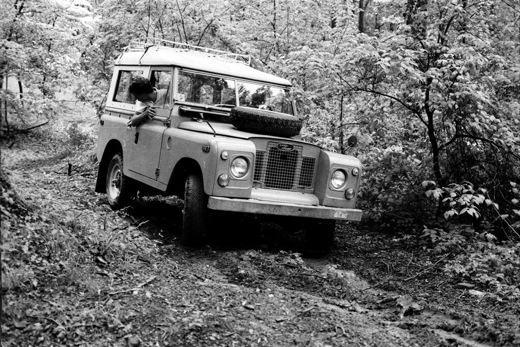 Land Rover 88 SWB (2)