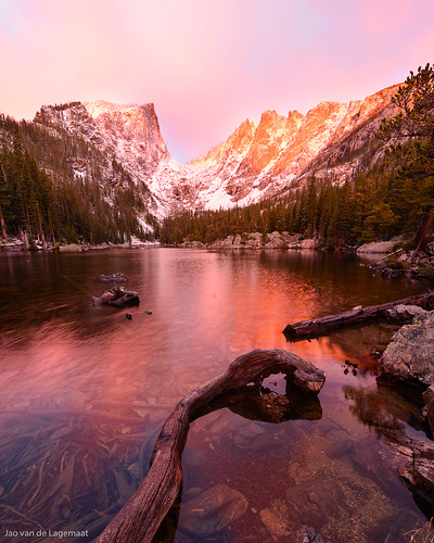 trees usa sun mountain snow mountains reflection tree water clouds sunrise landscape dawn colorado soft unitedstates northamerica estespark rockymountainnationalpark dreamlake hallettpeak
