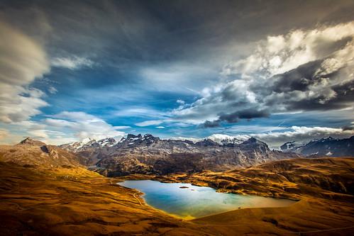 panorama landscape schweiz see wasser tag herbst wiese himmel wolken berge landschaft ausblick farben farbenfroh