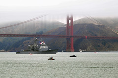 USS Chosin (CG 65) transits past the Golden Gate Bridge during the parade of ships at San Francisco Fleet Week. (U.S. Navy/MC2 Jesse L. Gonzalez)