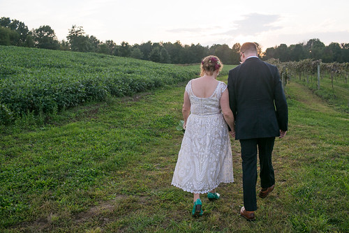 Hidden_Vineyard_Wedding_Barn_Studio_Starling_23