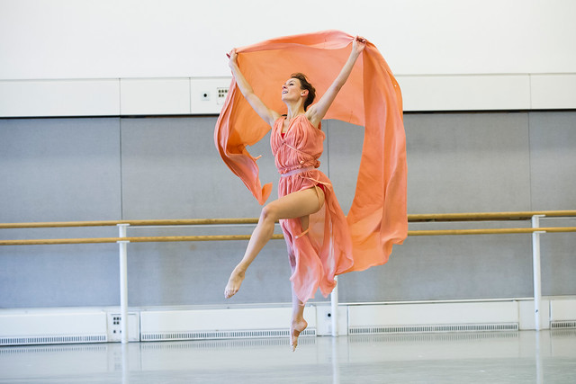 Helen Crawford in rehearsals for Five Brahms Waltzes in the Manner of Isadora Duncan © ROH, 2014
