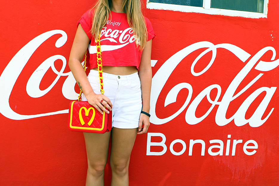 POSE-cocacola-crazy-3