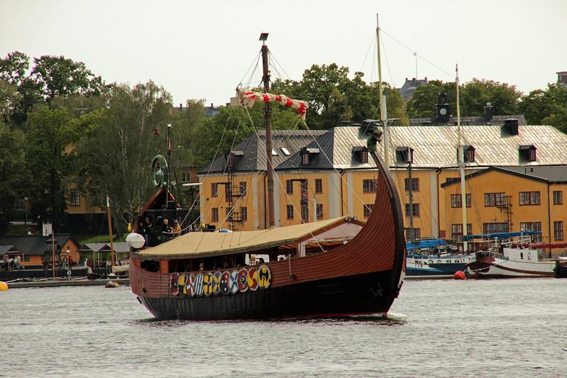 210 av 365 - Viking