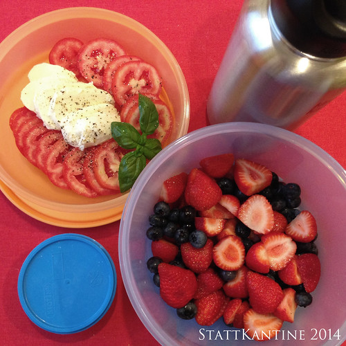 StattKantine 01.10.14 - Mozzarella, Tomate, Beeren