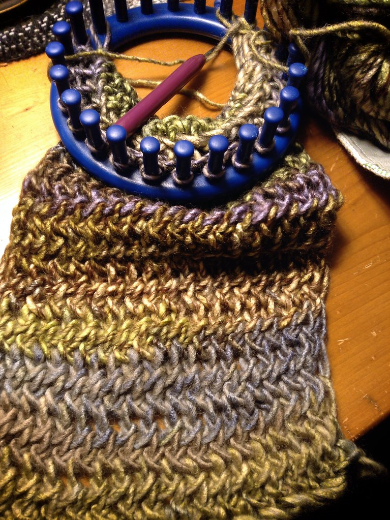 Figure Eight Scarf