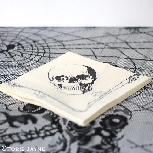 Skull napkins