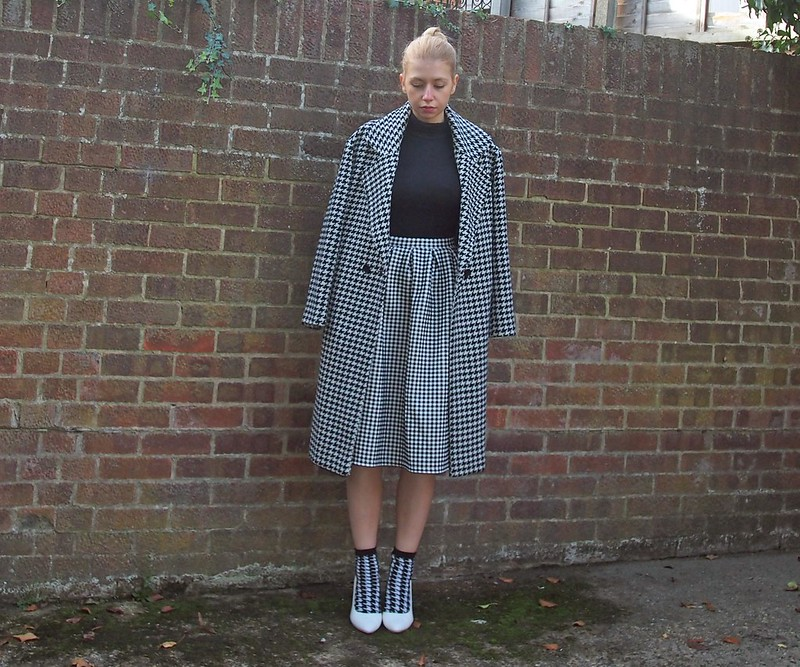 Dogtooth, Print Clash, Check, Monochrome, Helena Gingham Full Midi Skirt, Roll Neck, Polo Neck, Forever 21, Ankle Socks, Boohoo, White Court Shoes, How to Wear, Styling Inspiration, Outfit Ideas, AW14, Sam Muses, UK Fashion Blog, London Style Blogger