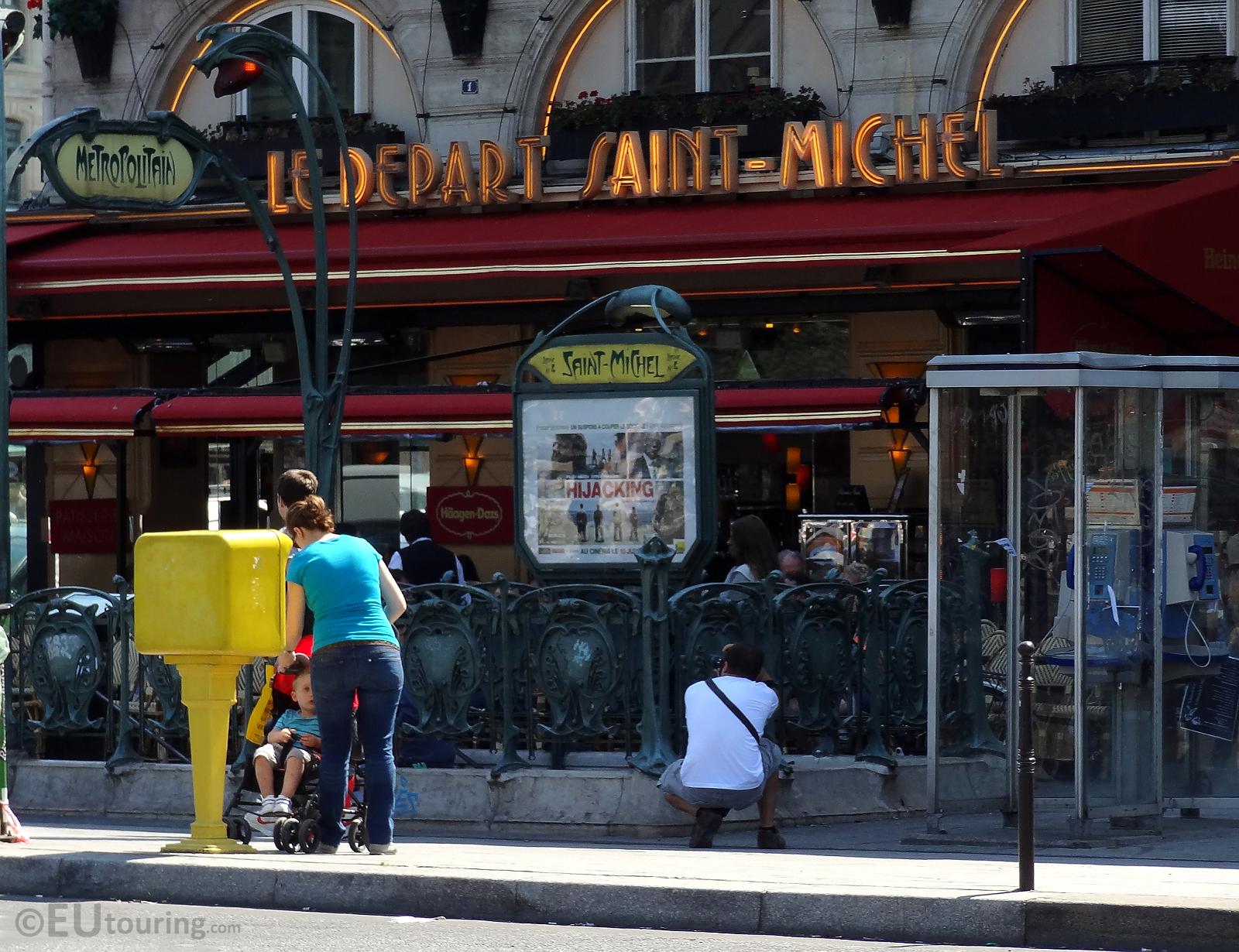Paris metro eutouring - Saint michel paris metro ...