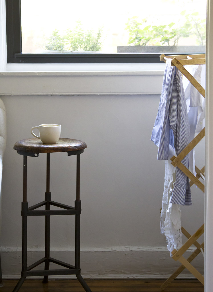 minimalist wardrobe, step 4 | reading my tea leaves