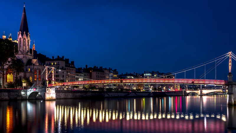 Saint-Georges by Night