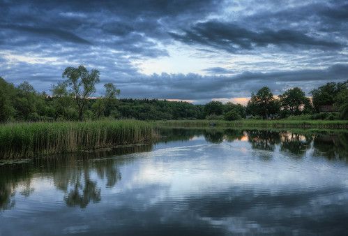 trees sunset lake grass clouds reflections landscape sweden ripples sverige hdr eskilstuna waterscape eskilstunaån