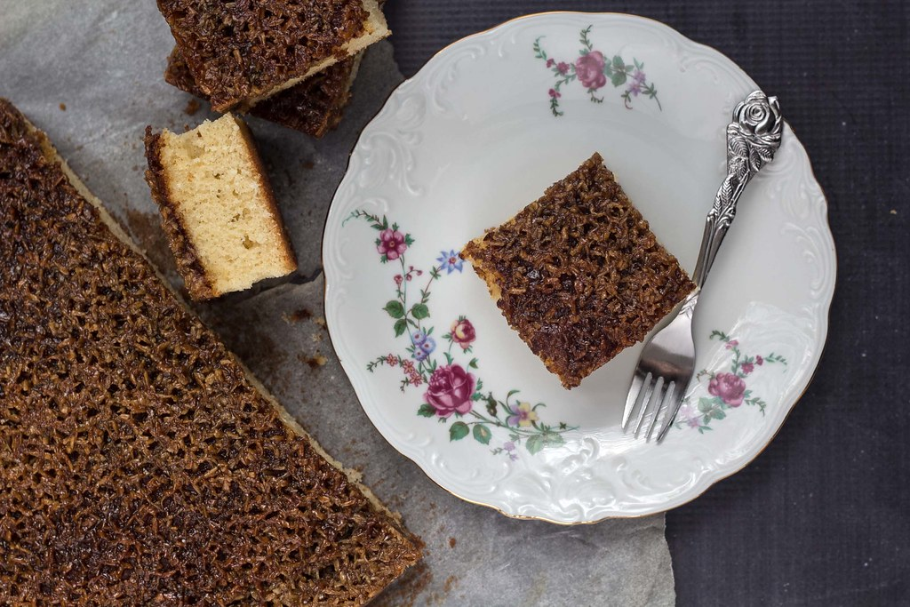 Recipe for Homemade Danish Dream Cake (Drømmekage)