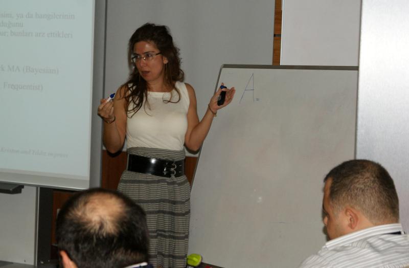 Prof. Dr. Ayşegül Yıldız Multidisipliner Bilimsel Eğitim Toplantılarının konuğu oldu 2