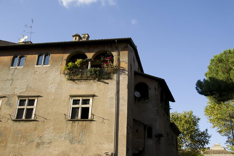 Trastevere medieval building