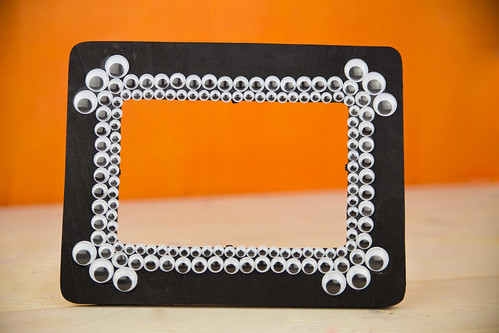 Googly Eyes Halloween Picture Frame