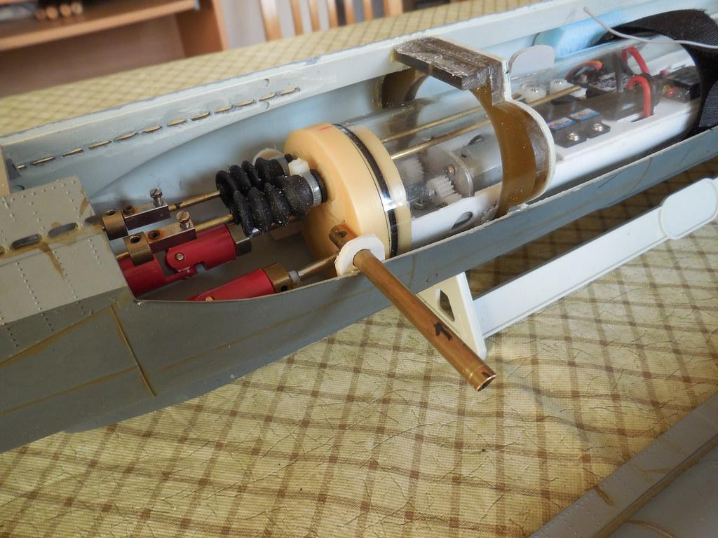 Revell 1:72 VIIC u-boat - Page 3 15237084658_076ae46fb9_b
