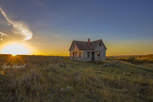 sunset abandoned river homestead saskatchewan prairies ryanwunsch