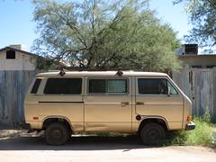 automobile, van, commercial vehicle, sport utility vehicle, vehicle, volkswagen type 2 (t3), volkswagen type 2, land vehicle, bus,